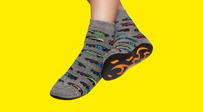 minorista online patrones de moda Zapatos 2018 Calcetines antiderrapantes para niños